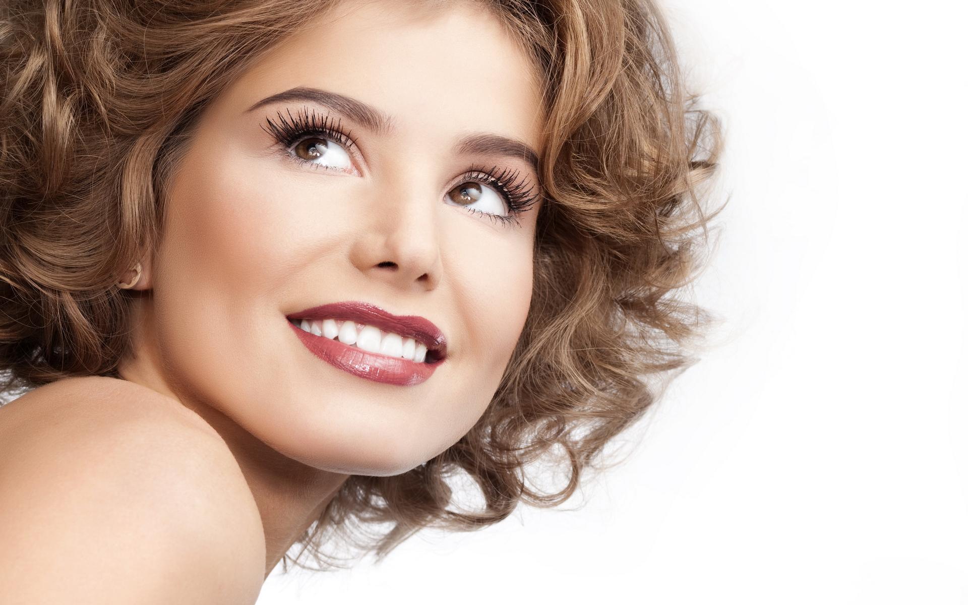 Идеальная улыбка с помощью имплантов