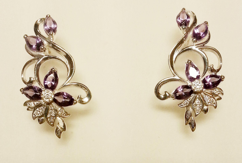 Серебряные украшения с камнями — их привлекательность и очарование